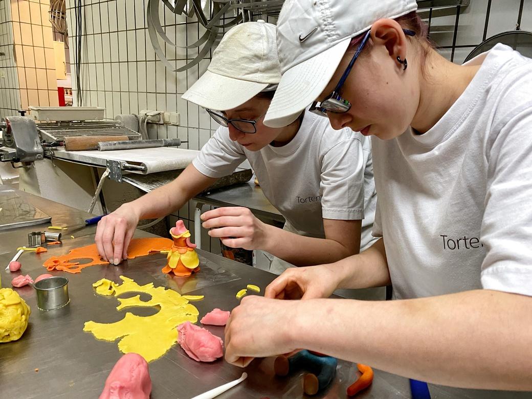 Lehrlingsausbildung in der Bäckerei Schmidl